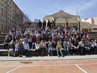 Casi un centenar de alumnos del Virgen del Pilar han participado en el libro