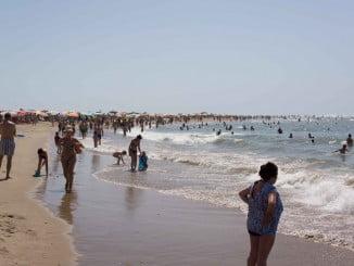 En Huelva se han realizado 46 muestreos en 46 puntos de 19 playas
