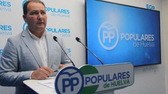 David Toscano en rueda de prensa en la sede del PP