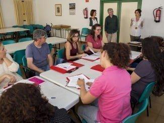 La Escuela de Familia del centro Cristina Pinedo  ofrecerá además un servicio gratuito de ludoteca para el cuidado de sus hijos