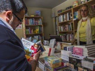 Las actividades prosiguen hoy en la Feria del Libro de Huelva