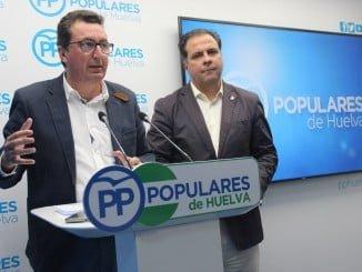 El presidente del PP de Huelva y portavoz adjunto del Grupo Popular en el Parlamento andaluz, Manuel Andrés González