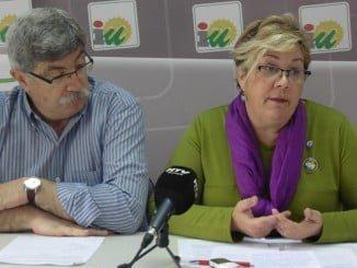 Juan Manuel Arazola y Mónica Rossi en rueda de prensa
