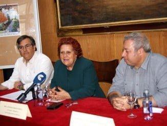 La alcaldesa Antonia -Grao durante la presentación de Concurso Isla Cristina Que Hermosa eres
