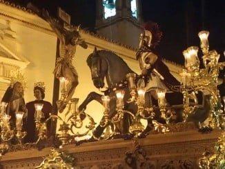 Desde la barriada de Las Colonias pondrá la Cruz de Guía en la calle la Hermandad de la Sagrada Lanzada