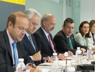 El delegado del Gobierno, Antonio Sanz, ha presidido la reunión en Huelva