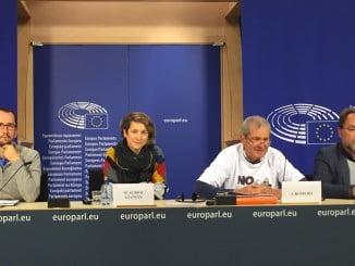 Rueda-de-prensa-de-la-plataforma-Salvemos-Doñana-en-el-Parlamento-Europeo