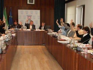 Votación subida Impuestos a grandes empresas en el Pleno Municipal de Cartaya