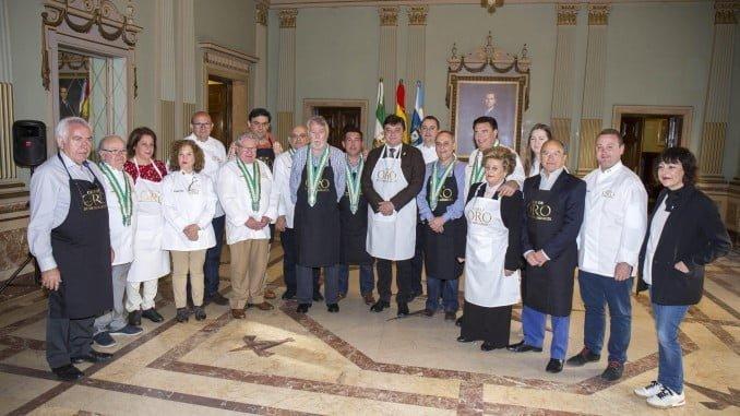 El Club de Oro de la Mesa Andaluza ha premiado la la Ciudad de Huelva por su promoción de la gastronomía de la provincia