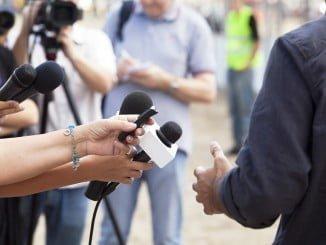 Los profesionales abogan por un periodismo digno y sin presiones