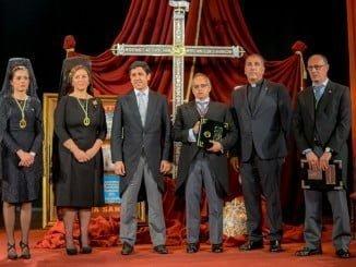 El Teatro Cardenio acogió el pregón del cofrade local Francisco Hidalgo