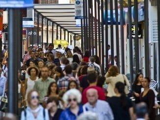 El presupuesto para entoldar la zona comercial es de 27.879 euros