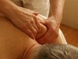 La fisioterapia aumenta la función de la columna vertebral, fortalece la espalda y busca la prevención frente a problemas futuros