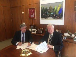 La Cooperativa Ovipor y Fundación Caja Rural del Sur han firmado un convenio para desarrollar actividades conjuntas