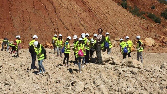En Cementos Cosmos, jornada de carácter informativo y sensibilizador en materia de medio ambiente con los alumnos del Instituto de Niebla