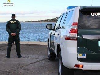 La Guardia Civil ha detenido a un varón que falsificó la matrícula de una embarcación