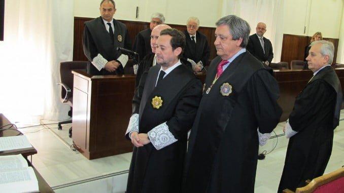 Imagen de la toma de posesión de Antonio Germán Pontón (en el centro) en 2012