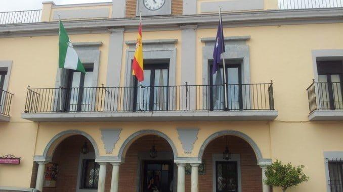 El PP ya anunció la duda de la legalidad de las contrataciones en el Ayuntamiento de Gibraleón