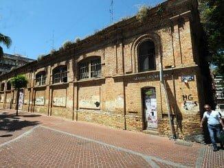 El Cuartel de Santa Fe se construyó como mercado en 1925