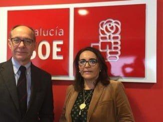 Los diputados socialistas José Juan Díaz Trillo y Pepa González Bayo