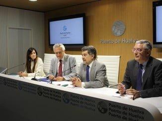 Rocío López, Enrique Figueroa, Javier Barrero e  Ignacio Álvarez-Ossorio en rueda de prensa