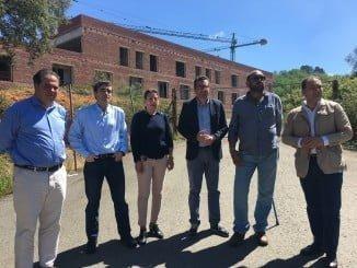 Representantes del PP durante su visita a las obras del Chare de Aracena