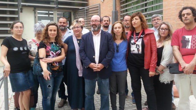 Pedro Jiménez con profesorado interino del conservatorio y sindicalistas de CCOO