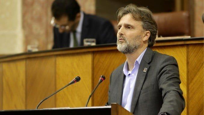 El consejero de Medio Ambiente comparece en el Parlamento andaluz