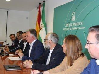 Los delegados del Gobierno y Agricultura han firmado un convenio con los GDL