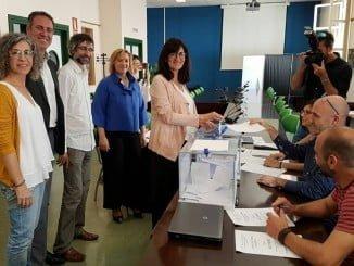 María Antonia Peña votando el 22 de mayo en la primera vuelta