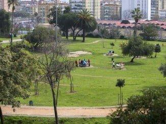 El equipo de Gobierno se comprometió a adoptar medidas para prevenir el vandalismo en el Parque Moret