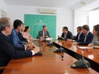 Reunión de la Agrupación de Interés por las Infraestructuras con el delegado del Gobierno en Huelva