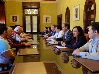 Reunión para ultimar detalles del programa Casa por casa en Marismas del Odiel