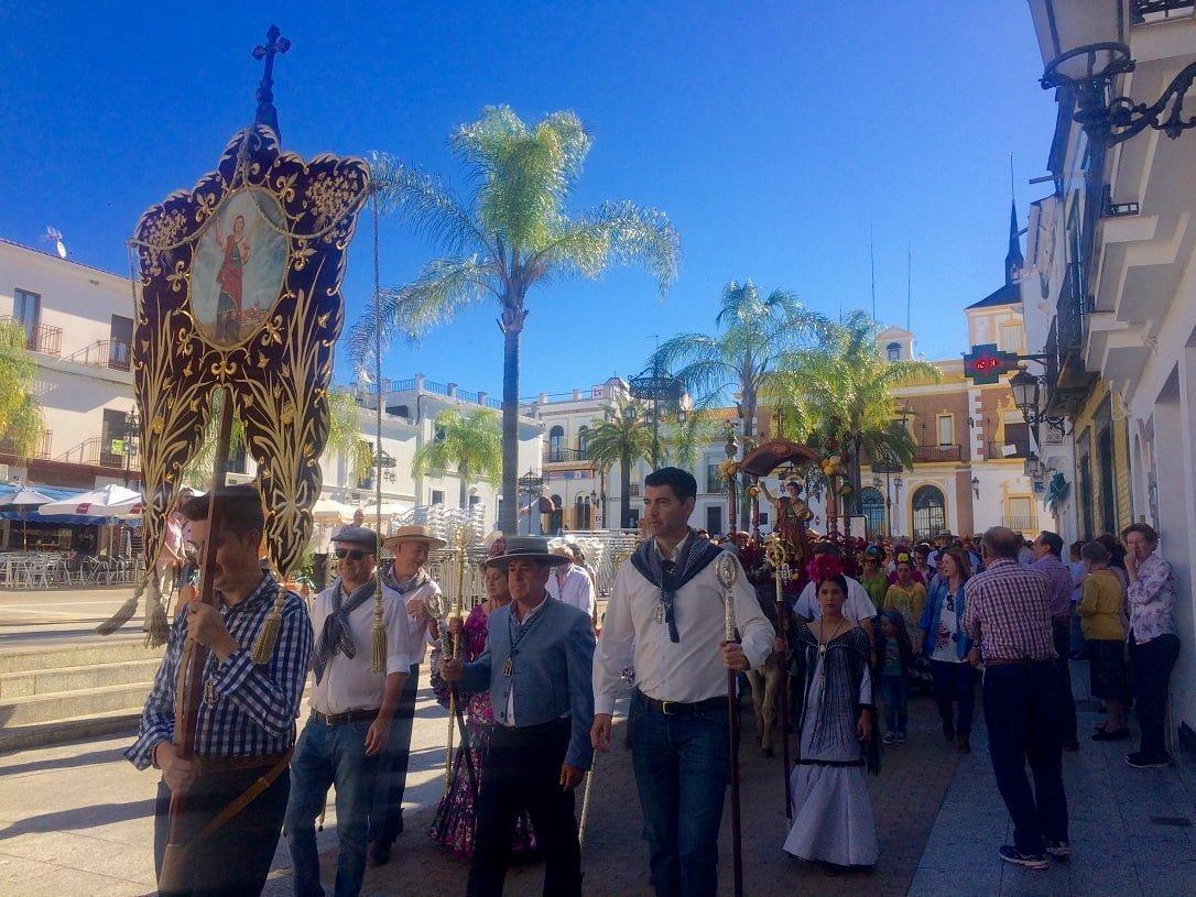 El alcalde de Valverde del Camino, Manolo Cayuela, ha formado parte de la comitiva
