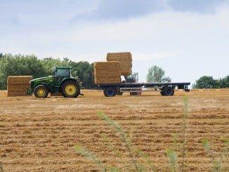 Para poder recibir las ayudas, el agricultor o ganadero debe estar inscrito en la Base de Datos para el CIAS