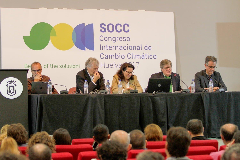 Desarrollo de la ponencia sobre áreas protegidas y cambio climático
