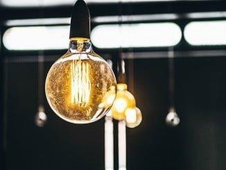 El porcentaje de hogares poco o nada satisfechos con el servicio eléctrico es del 19%