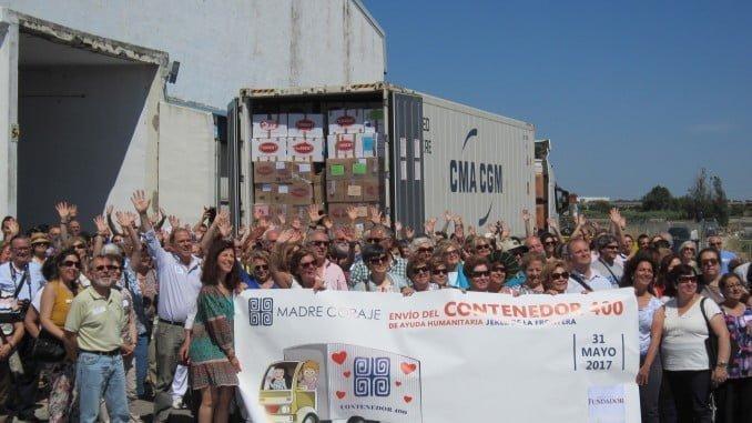 Hoy se ha cargado se ha cargado el contenedor número 400 de ayuda humanitaria que Madre Coraje envía a comunidades empobrecidas de Perú