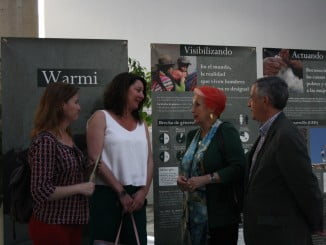 La exposición 'Warmi, género y cooperación internacional' fue inaugurada ayer tarde por la periodista Rosa María Calaf