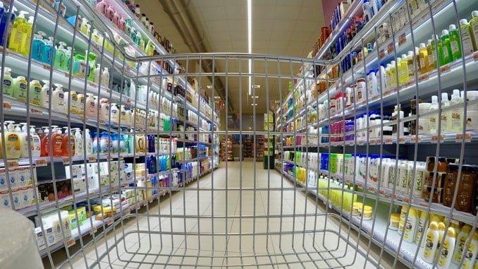 El gasto en consumo final de los hogares experimenta un crecimiento anual del 2,5%