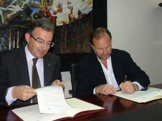 El rector de la Universidad y el presidente de la FOE refuerzan sus lazos de colaboración