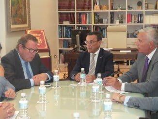 Reunión de la La CEHAT, que representa los intereses de los empresarios del sector ante la sociedad, las administraciones públicas