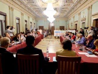 El Ayuntamiento ha celebrado un pleno extraordinario sobre la problemática de la guardería Chicos 3