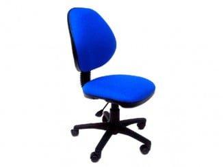 La importancia de sentarse bien con la silla adecuada en el trabajo es vital