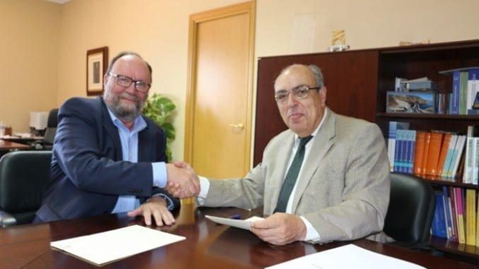 El acuerdo ha sido rubricado por Antonio Ramón Guinea, presidente de la CHG, y Francisco González Lodeiro, director del IGME