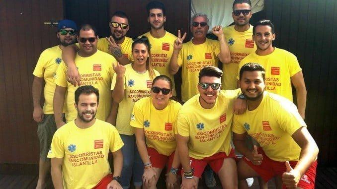 Equipo de socorristas que estará este verano en la playa de Islantilla.