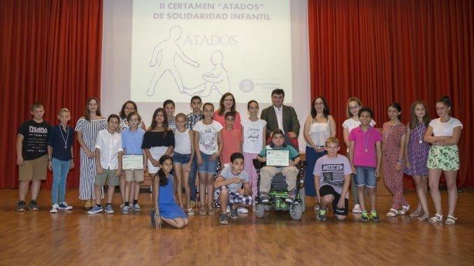 Los galardonados en el II Certamen Atados de Solidaridad Infantil.
