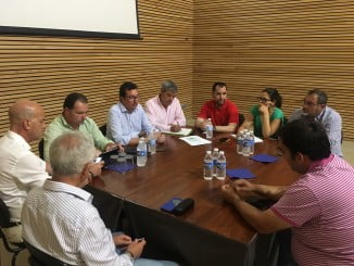 Reunión de los dirigentes del PP de Huelva con ganaderos del Andévalo.