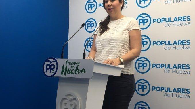 La diputada Rocío Moreno explicas las nuevas medidas del Gobierno para autónomos y jóvenes.
