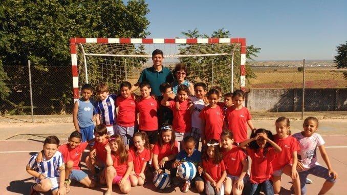 Jesús Vazquez participa en la iniciativa de Grufesa con los jóvenes.